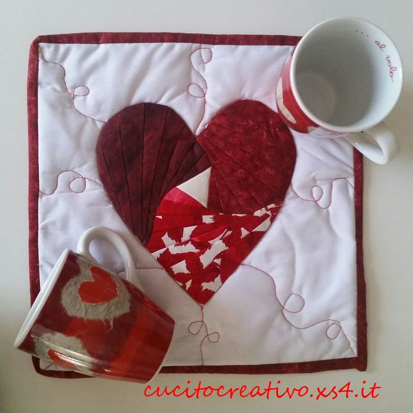 mug rug cuore1